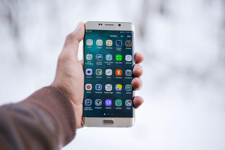 Ako je to s vodeodolnosťou smartfónov a inej techniky?